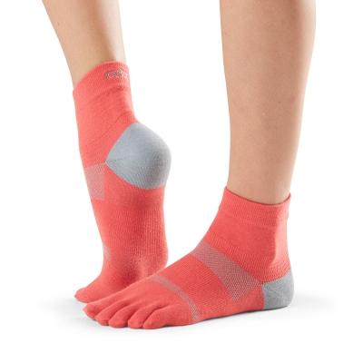 Pirštuotos neslystančios kojinės, Sport Perfdry Minnie, Papaya/ ToeSox